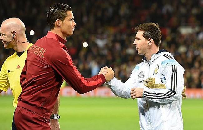 Messi et Ronaldo sous le m�me maillot