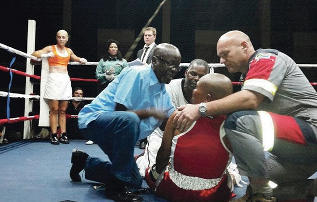 Une boxeuse d�c�de !