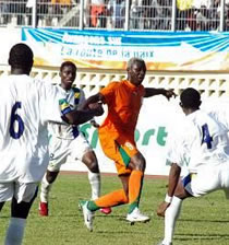 Football/ Eliminatoires CAN Ghana 2008: Huit candidats dans l'attente