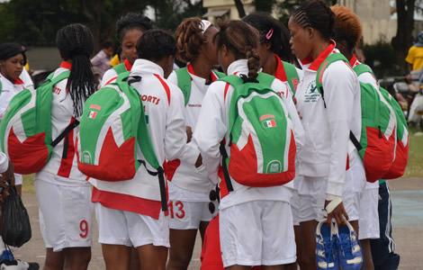 L'Africa (D) tombe en quarts de finale