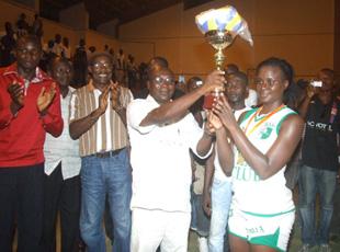 Le Stella (D) et la SOA (H), sacrés champions