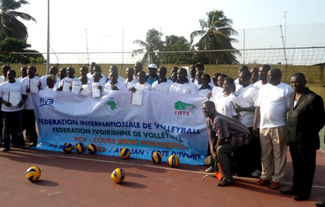 36 enseignants formés pour dispenser le volleyball