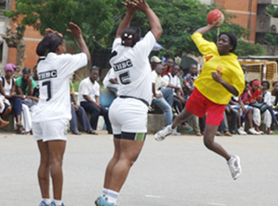 Le Cameroun rejoint la Côte d'Ivoire dans le groupe A