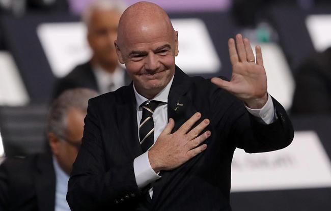 Coronavirus : la FIFA propose temporairement cinq changements pendant le match